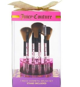 👑 Juicy Couture 7 piece cosmetic brush set NEW